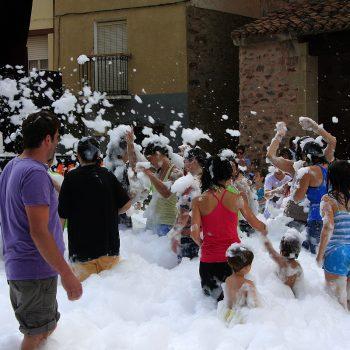 Fiesta de espuma en Tobía